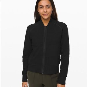 "LULULEMON ""ON REPEAT BOMBER"" BLACK 8"